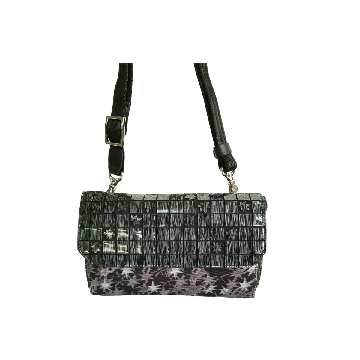 Stella Misto Flap wallet pochette black
