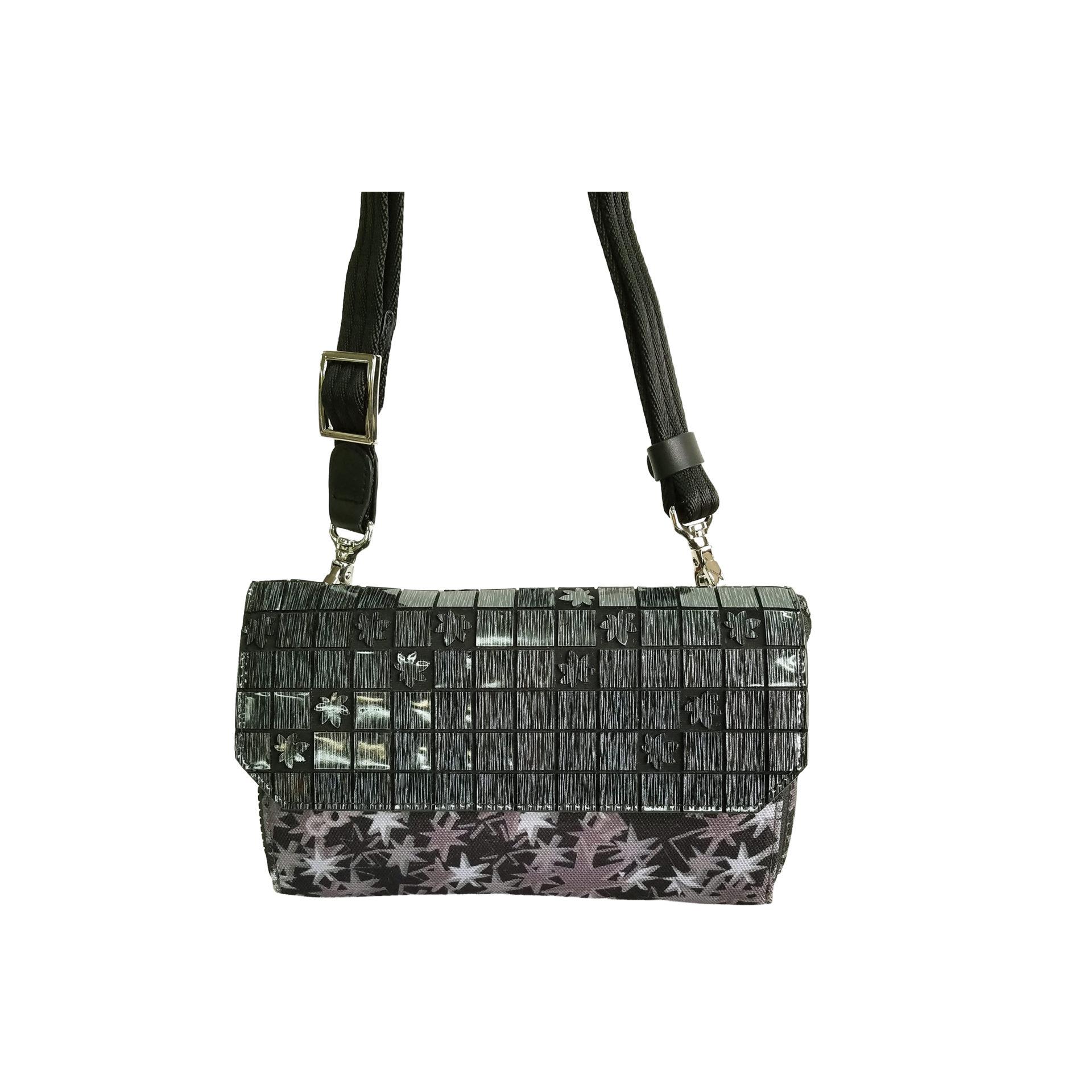 京都限定のELISIR caede KYOTO | エリシアカエデ京都のバッグシリーズ Stella Misto Flap wallet pochette black