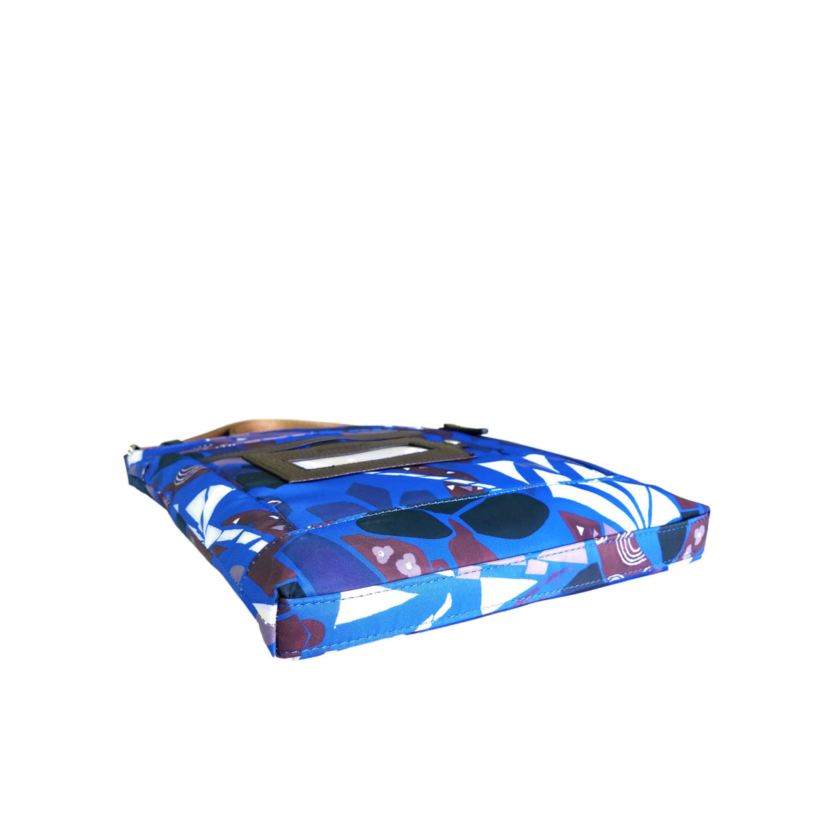 Maiko Puzzle Etna Pochette blue