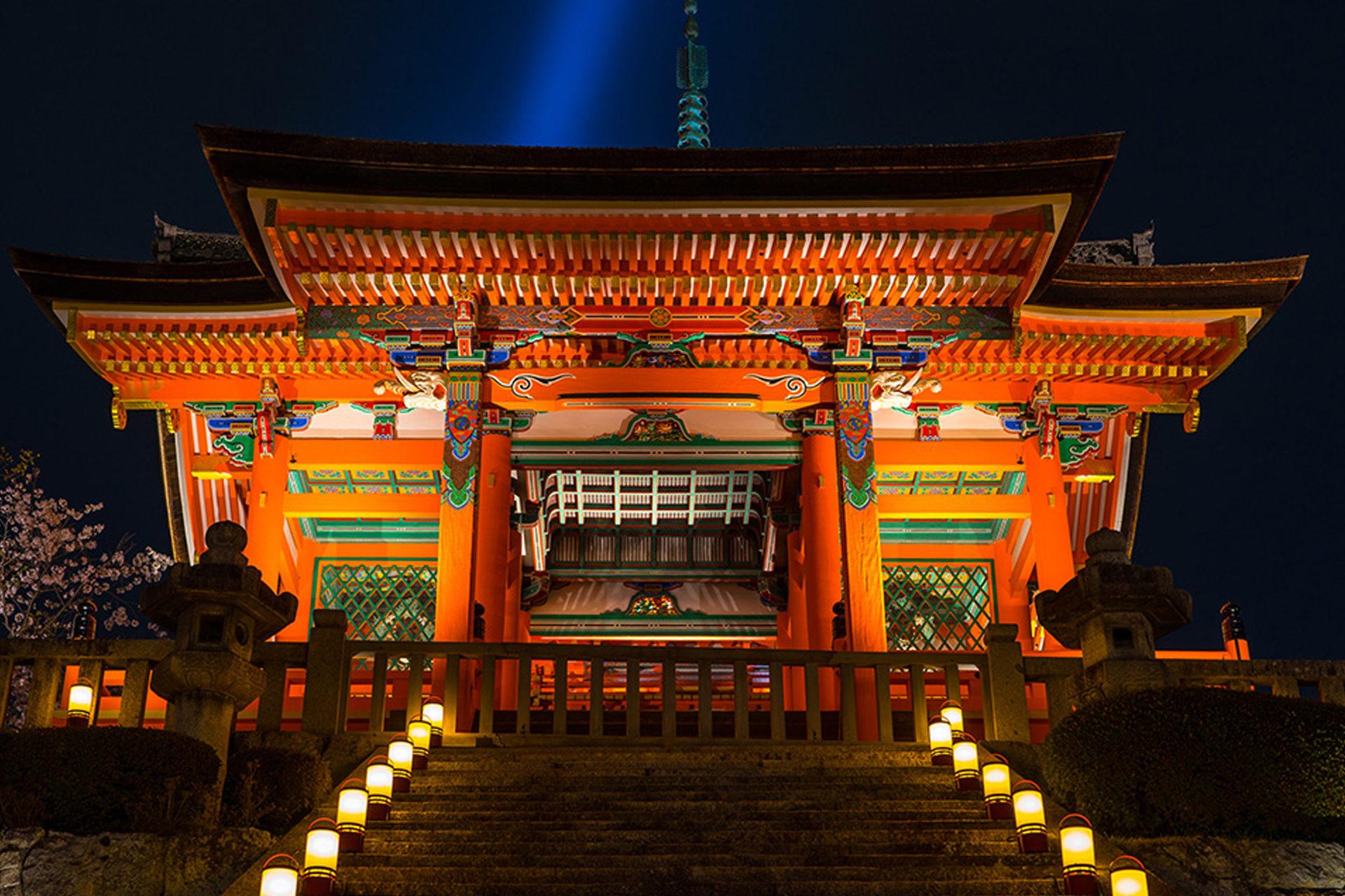 京都 清水寺 紅葉 ライトアップ