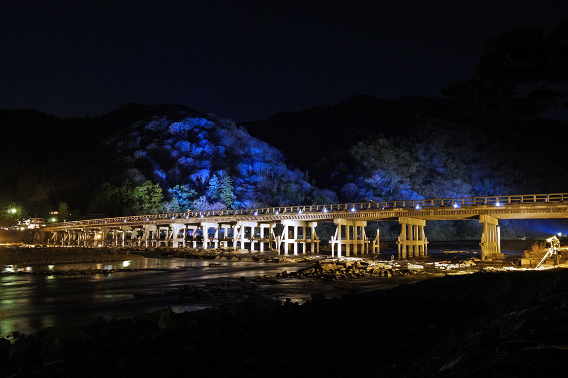 渡月橋雪ライトアップ
