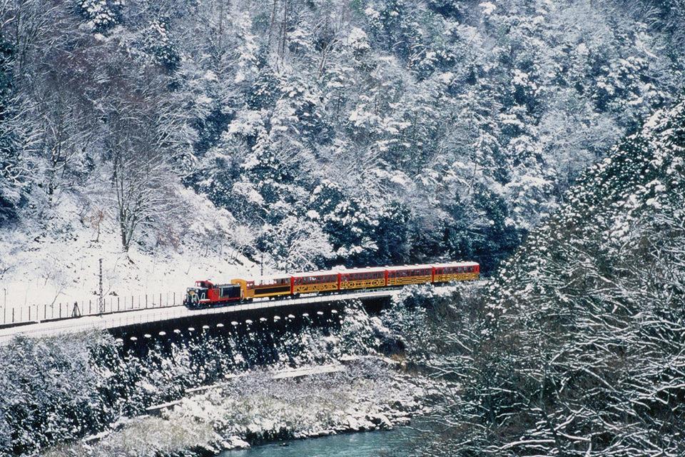 嵯峨野トロッコ列車_冬